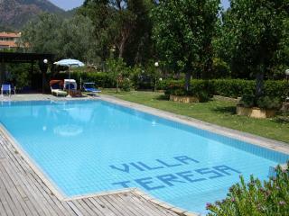 SINGLE ROOM APARTMENT 2 BEDS_1 - Porto Azzurro vacation rentals