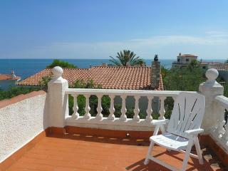 JAMES (Playa Santa Lucia) ~ RA21515 - L'Ametlla de Mar vacation rentals