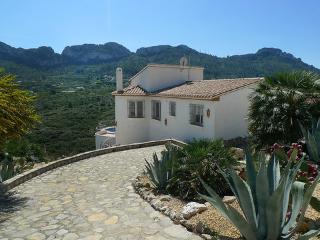 """Casa de Morris"" * ~ RA22121 - Pego vacation rentals"