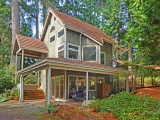 A TreeHouse Studio - Indianola vacation rentals