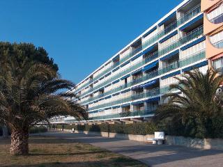 Le Mireille ~ RA26358 - Port Camargue vacation rentals