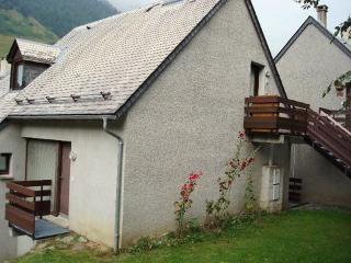 Les Marmottes ~ RA25999 - Ayzac-Ost vacation rentals