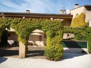 Les Carles ~ RA28743 - Saint-Tropez vacation rentals