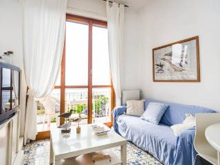 Cozy 1 bedroom Vacation Rental in Cogoleto - Cogoleto vacation rentals