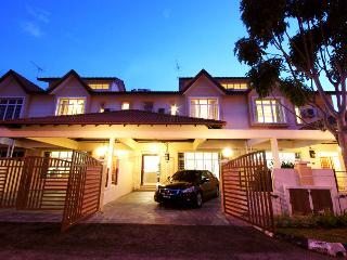 Sunflower House Malacca - Malaysia vacation rentals