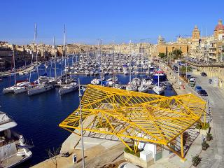 45. Cozy Apt 2 mins away from Marina Water Front! - Birgu (Vittoriosa) vacation rentals