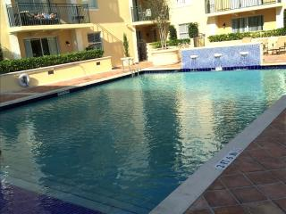 2BR Furnished Suites in Coral Gables - Walk to Merrick Park - Miami vacation rentals