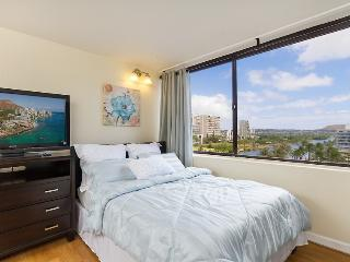 Studio @ Hawaiian Monarch Hotel Waikiki - Honolulu vacation rentals