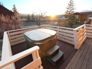 HGTV Feat. Lakeside Cabin With Huge Deck and Spa - City of Big Bear Lake vacation rentals