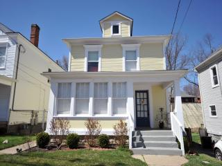 2 BR Frankfort AVE *Best Location! Clean Pet Free - Louisville vacation rentals