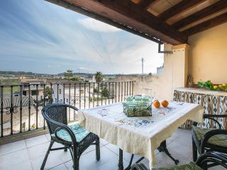 CA NA BEL - Property for 4 people in Montuiri - Montuiri vacation rentals