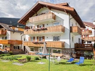 Cozy Apartment in Ortisei with Internet Access, sleeps 7 - Ortisei vacation rentals