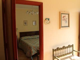 Villa Meonia B&B camera Gioia - Bomarzo vacation rentals