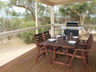 2 bedroom Cottage with Deck in Yankalilla - Yankalilla vacation rentals