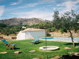 Charming holiday cottage with swimming pool - Santo Antonio Das Areias vacation rentals