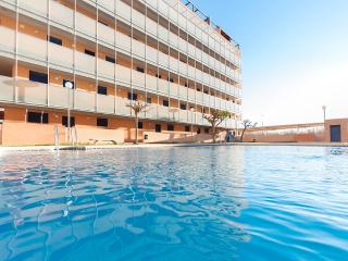 Bright Condo with Internet Access and A/C - Daimus vacation rentals