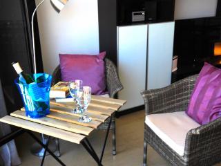 Luxury Apartment Oasis del Charco - Arrecife vacation rentals