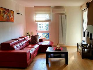 3 bedroom Apartment with Internet Access in Pjescana Uvala - Pjescana Uvala vacation rentals