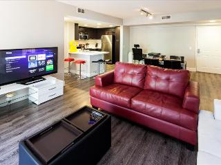 Santa Monica: Corporate and Vacation Suites - 2 bedroom - Santa Monica vacation rentals