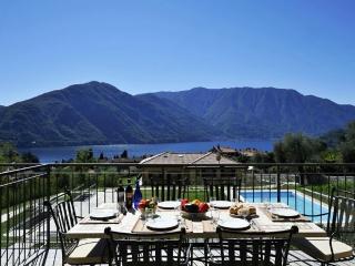 Tremezzo Ulivi Apt. 7 - Tremezzo vacation rentals