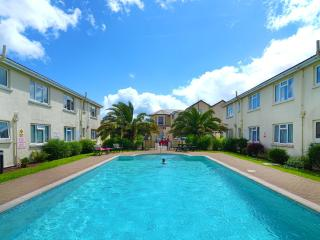 30 New Esplanade Court in Paignton, near the pier! - Paignton vacation rentals