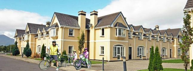 Killarney Holiday Home by The Lakes,WiFi & Phone - Image 1 - Killarney - rentals