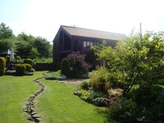 Beautiful Barn with Internet Access and Outdoor Dining Area - Piercebridge vacation rentals