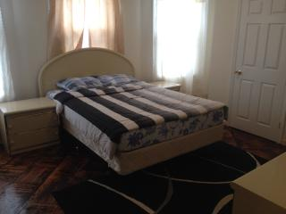 Beautiful Brooklyn College Area Vacation Home - Brooklyn vacation rentals