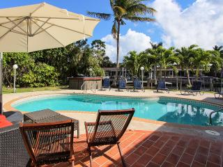 Villa Colonial* - Surfside vacation rentals