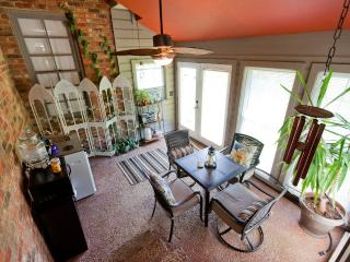 Cozy House with Deck and Internet Access - Millersville vacation rentals