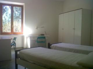 Cozy 1 bedroom Villa in L'Aquila with Internet Access - L'Aquila vacation rentals