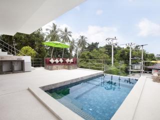TAMARIND VILLA - Pool Villa - Chaweng vacation rentals