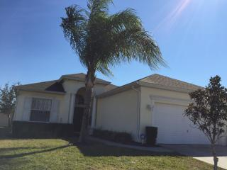 4 bedroom 3 bathroom private pool in Haines City - Florida City vacation rentals