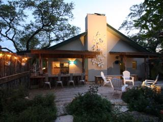 ROMANTIC Hill Country Ranch !! - Wimberley vacation rentals
