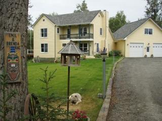 Secluded Beautiful Mountain View Serene Gem - Alaska vacation rentals