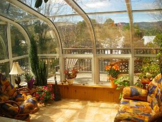 Cottage on the Rock - Solarium (Tremblant) - Lac-Superieur vacation rentals
