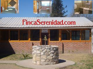 Double rooms with private bathroom - Coronel Moldes vacation rentals