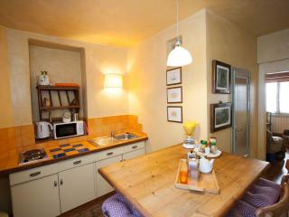 Del Bologna - Quiet penthouse with sleeping loft - Florence vacation rentals