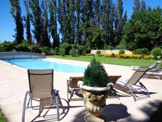 Domaine Les Rivales en Provence - Cavaillon vacation rentals