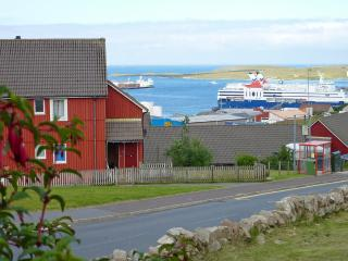 2 bedroom Apartment with Internet Access in Lerwick - Lerwick vacation rentals