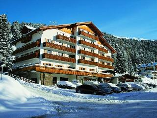 Sunny equipped apartment for real ski lovers ! - Bressanone vacation rentals