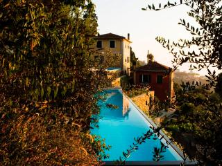 Charming 4 bedroom Ruta Villa with Microwave - Ruta vacation rentals
