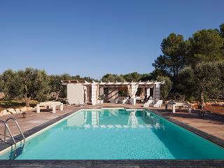 Lovely 5 bedroom Maruggio Villa with Microwave - Maruggio vacation rentals