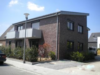 Nice Townhouse with Internet Access and Washing Machine - Muenster vacation rentals