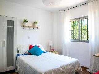 Room RELAX near Valencia - Torrent vacation rentals