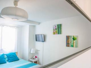 Room BAJOS A near Valencia - Torrent vacation rentals