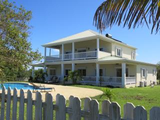 Spacious 4 bedroom Villa in Long Bay - Long Bay vacation rentals