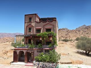 7 bedroom Bed and Breakfast with Internet Access in Tafraoute - Tafraoute vacation rentals