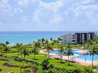 Breathtaking Penthouse in Oceanfront Complex!! - Playa del Carmen vacation rentals