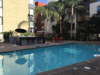 Luxury 1-Bedroom with Balcony and Pool - Los Angeles County vacation rentals